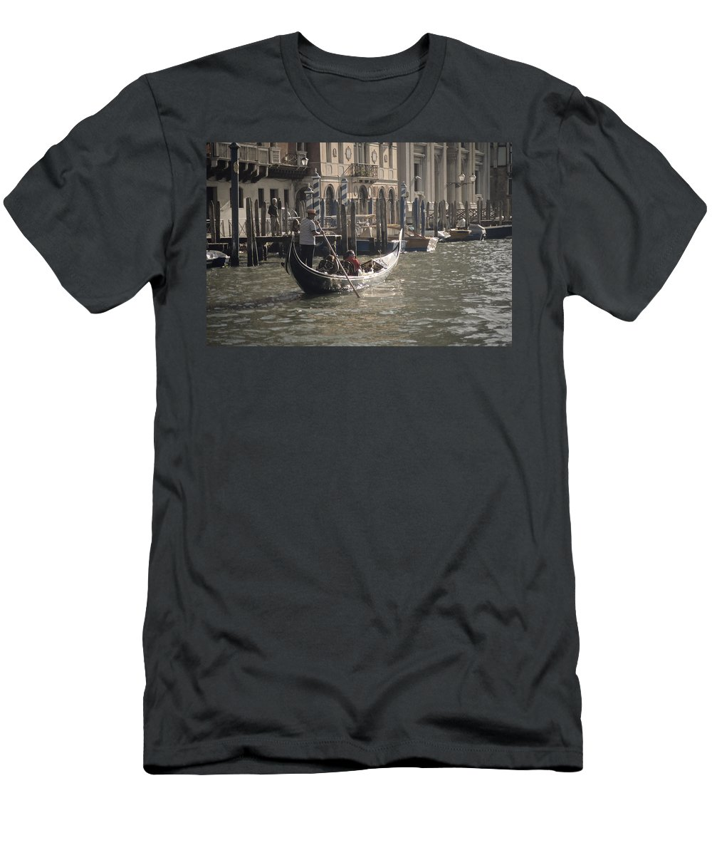 Venice Men's T-Shirt (Athletic Fit) featuring the photograph Site Seers by Christopher Rees