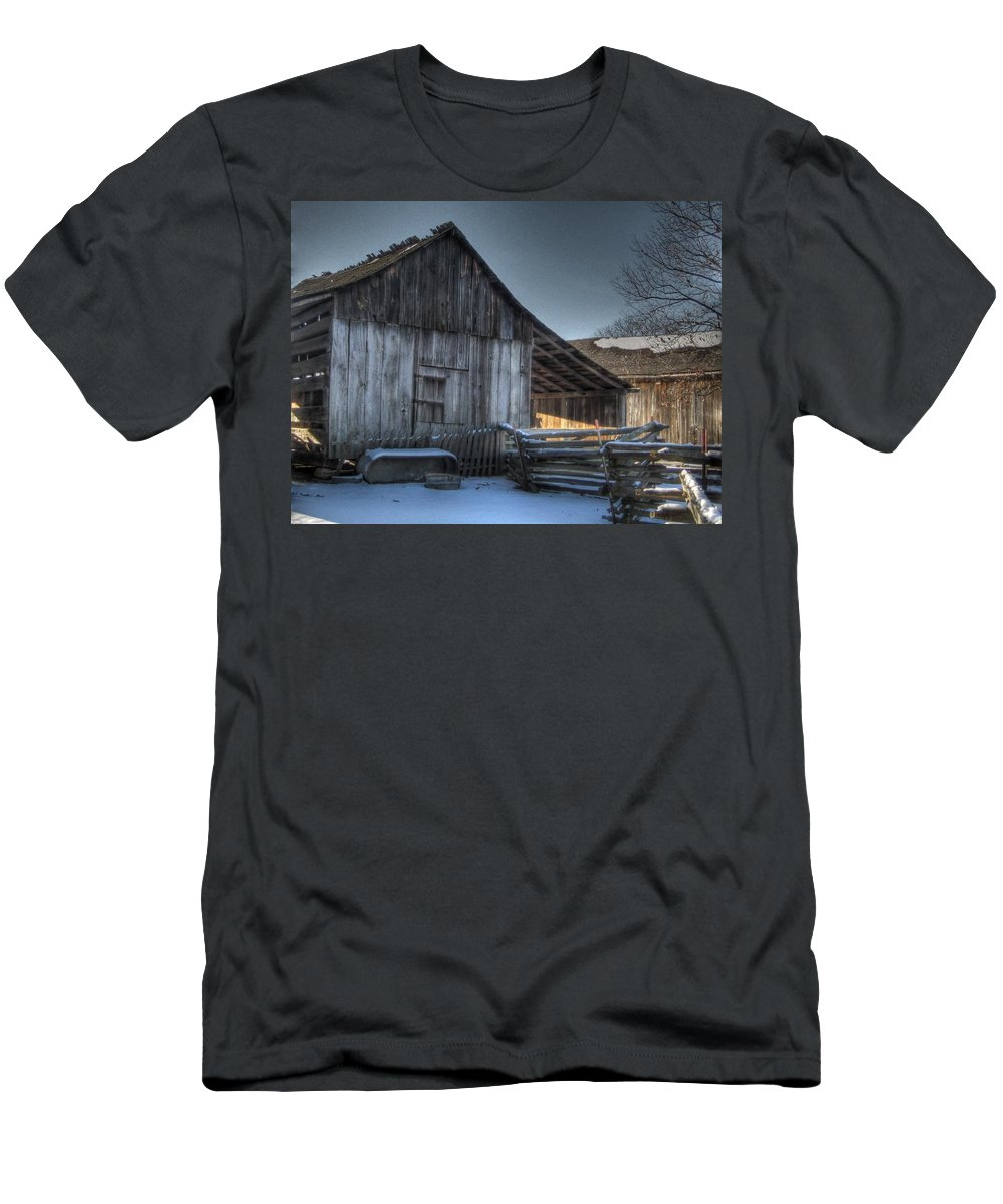 Barn Men's T-Shirt (Athletic Fit) featuring the photograph Snowy Barn by Jane Linders