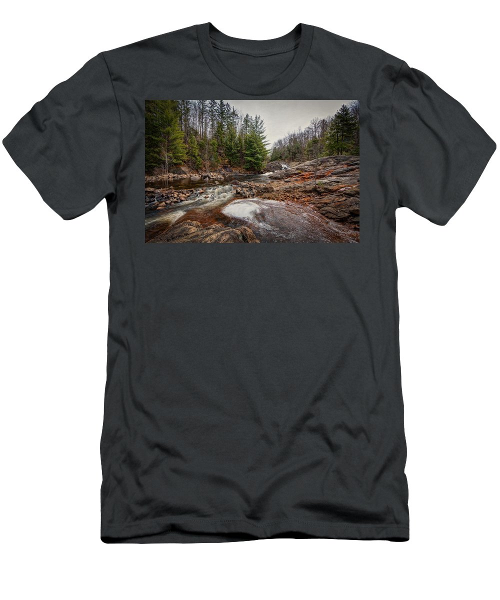 Soft Men's T-Shirt (Athletic Fit) featuring the photograph Soft Maple Water Fall by Everet Regal