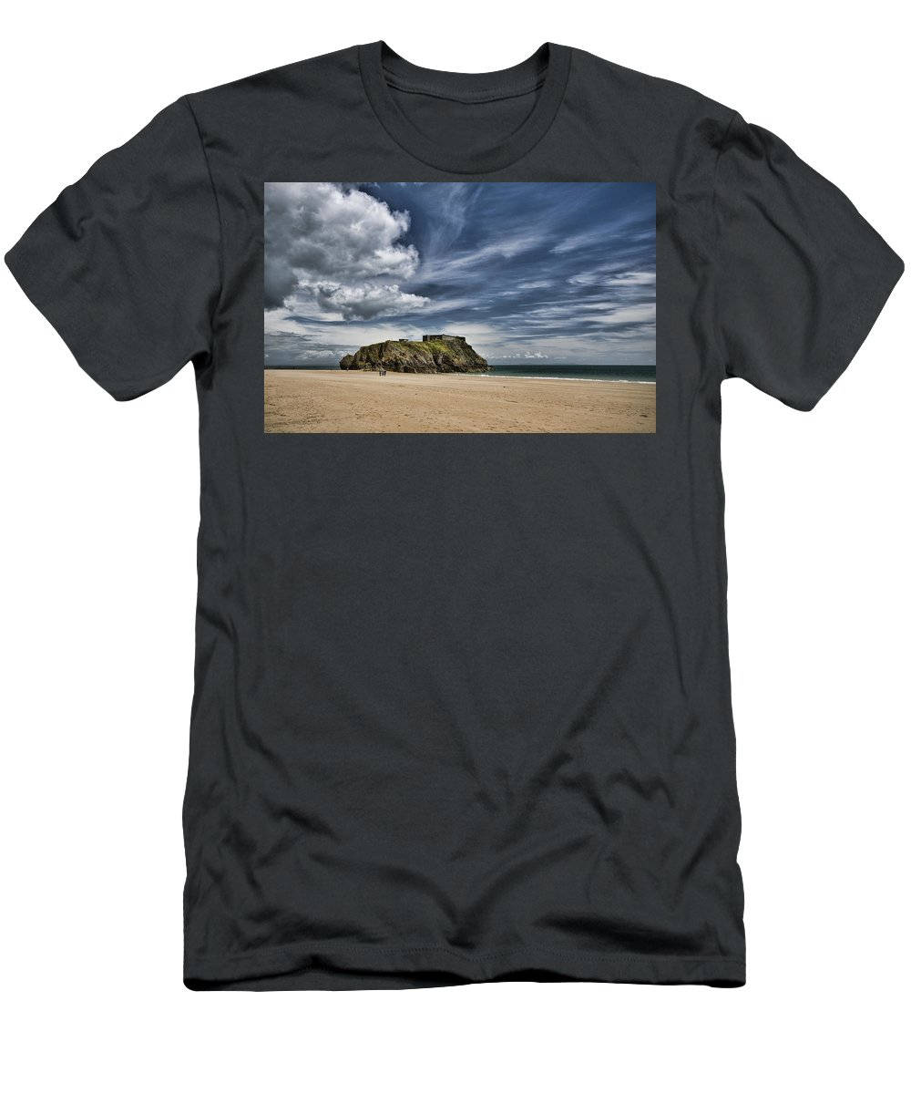 St Catherines Island Men's T-Shirt (Athletic Fit) featuring the photograph St Catherines Island 3 by Steve Purnell