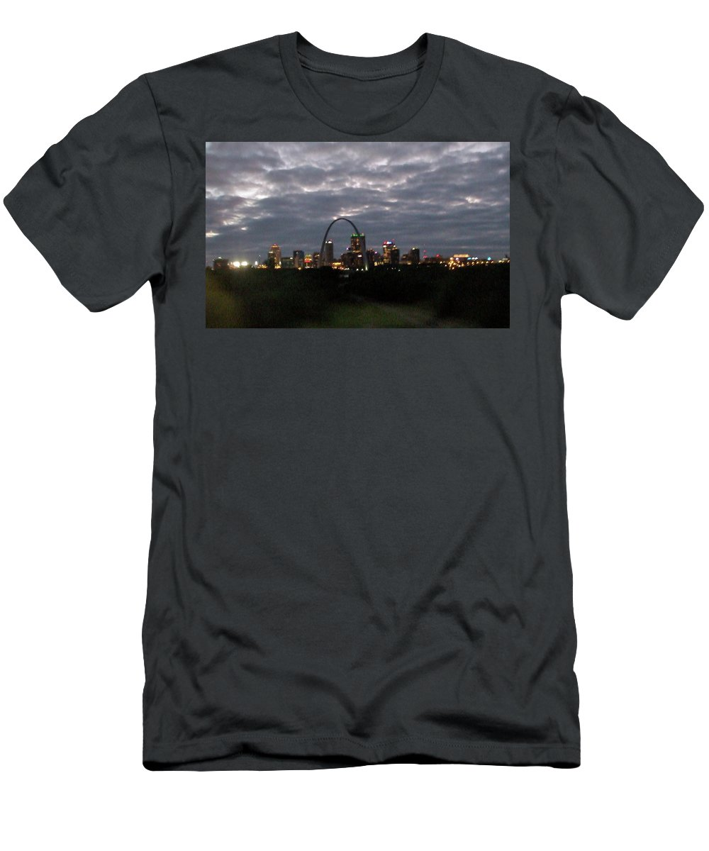 Train Men's T-Shirt (Athletic Fit) featuring the photograph St. Louis Arch At Dusk From The Train by Susan Wyman