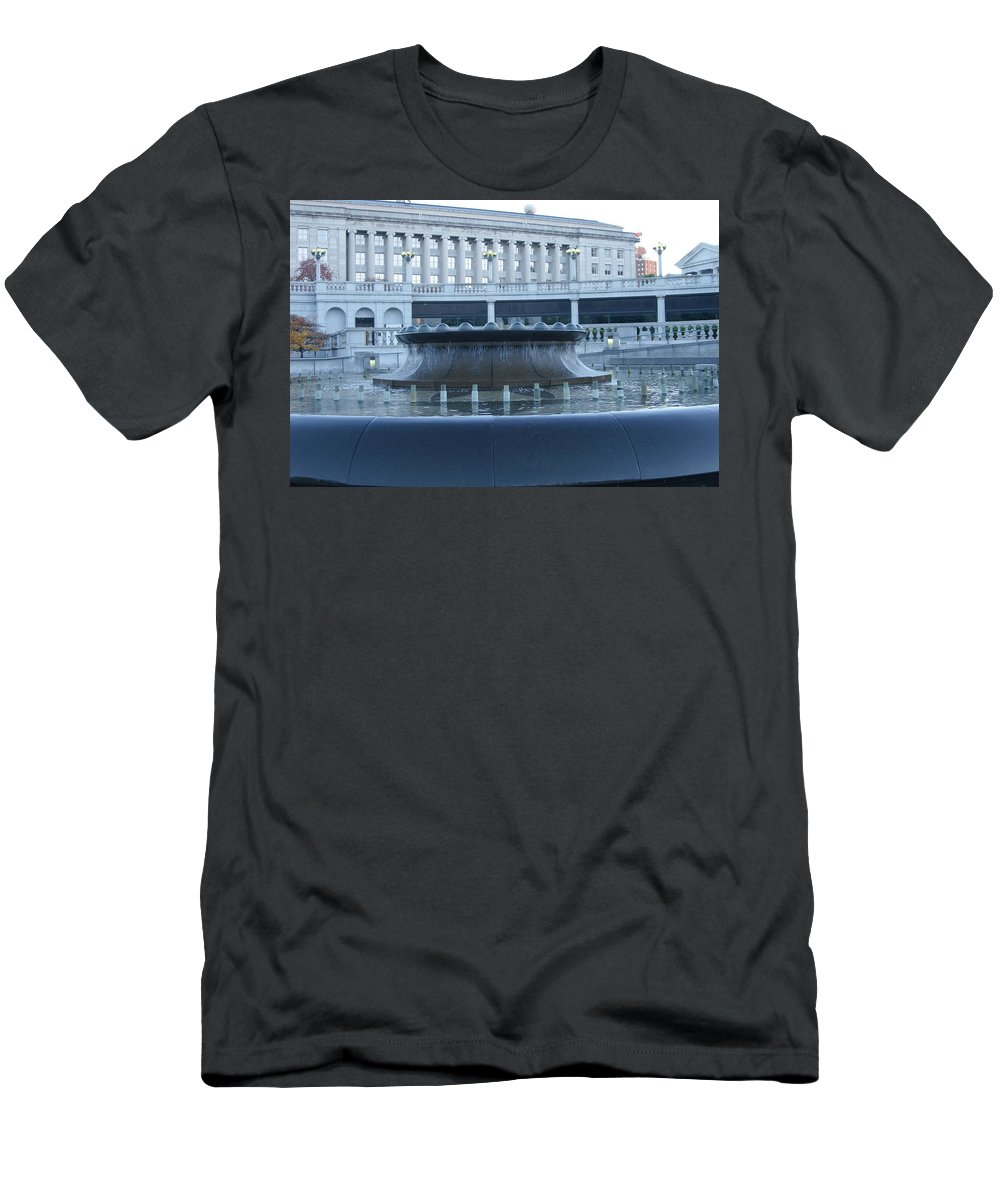 Harrisburg Men's T-Shirt (Athletic Fit) featuring the photograph State Capital Fountain by Rob Luzier