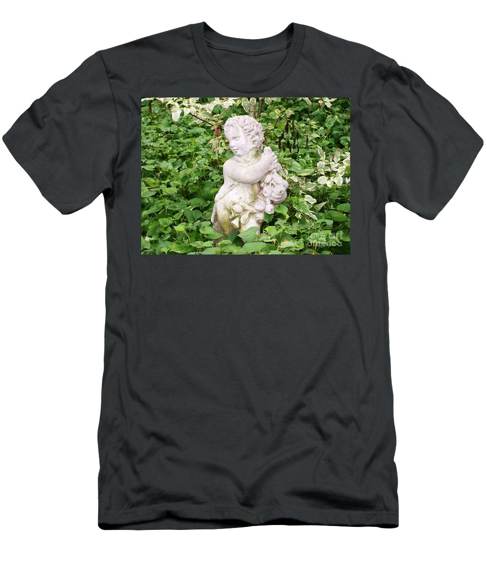 Statue Men's T-Shirt (Athletic Fit) featuring the photograph Statue by Laurie Eve Loftin