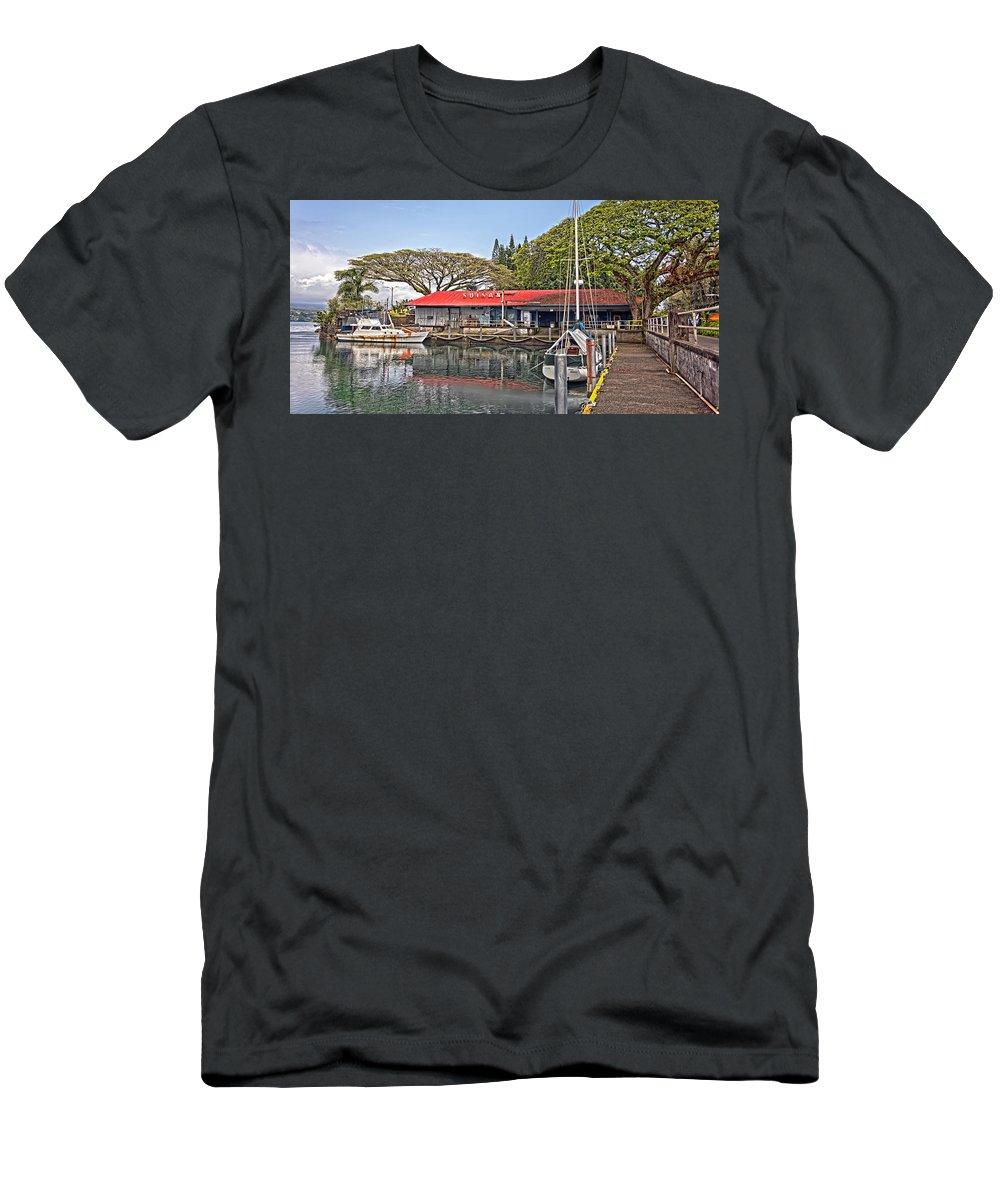 Dan Sabin Men's T-Shirt (Athletic Fit) featuring the photograph Suisan Fish Market by Dan Sabin