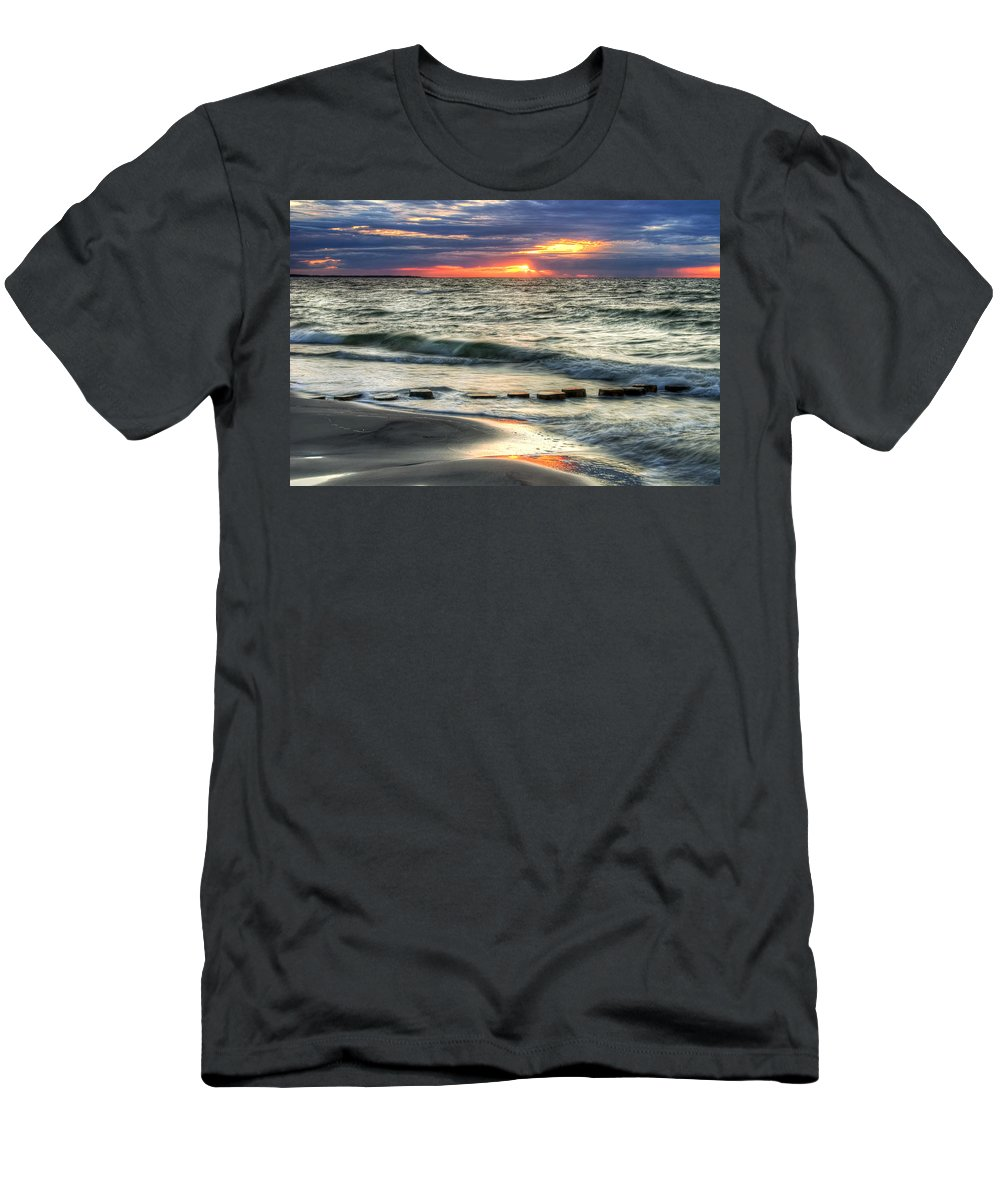 Men's T-Shirt (Athletic Fit) featuring the pyrography Sunset Beach by Steffen Gierok