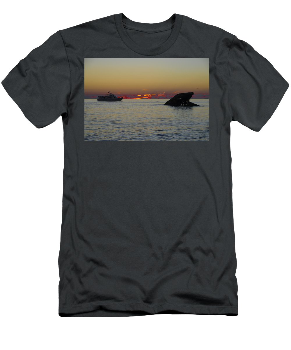 Sunset Men's T-Shirt (Athletic Fit) featuring the photograph Sunset Cruise At Cape May by Bill Cannon