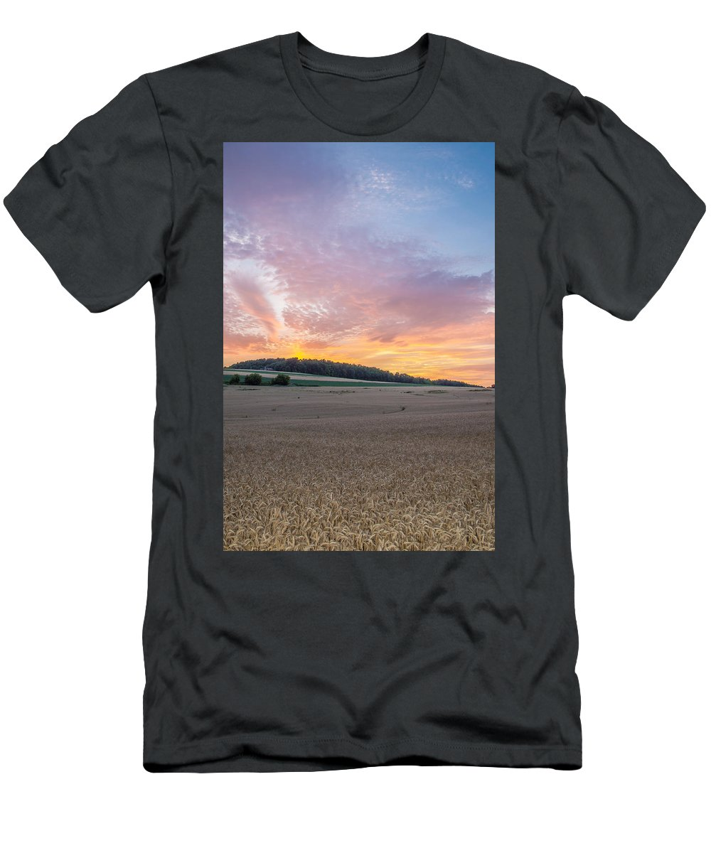 Sunset Men's T-Shirt (Athletic Fit) featuring the photograph Sunset Over Wheat by Ray Sheley