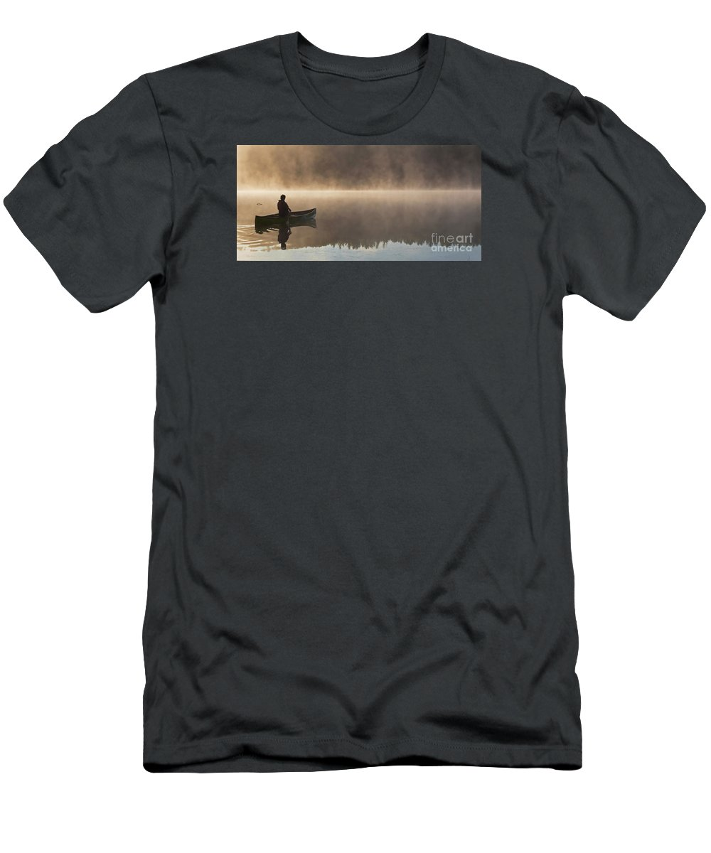 Canoeist Men's T-Shirt (Athletic Fit) featuring the photograph Taking It All In by Barbara McMahon
