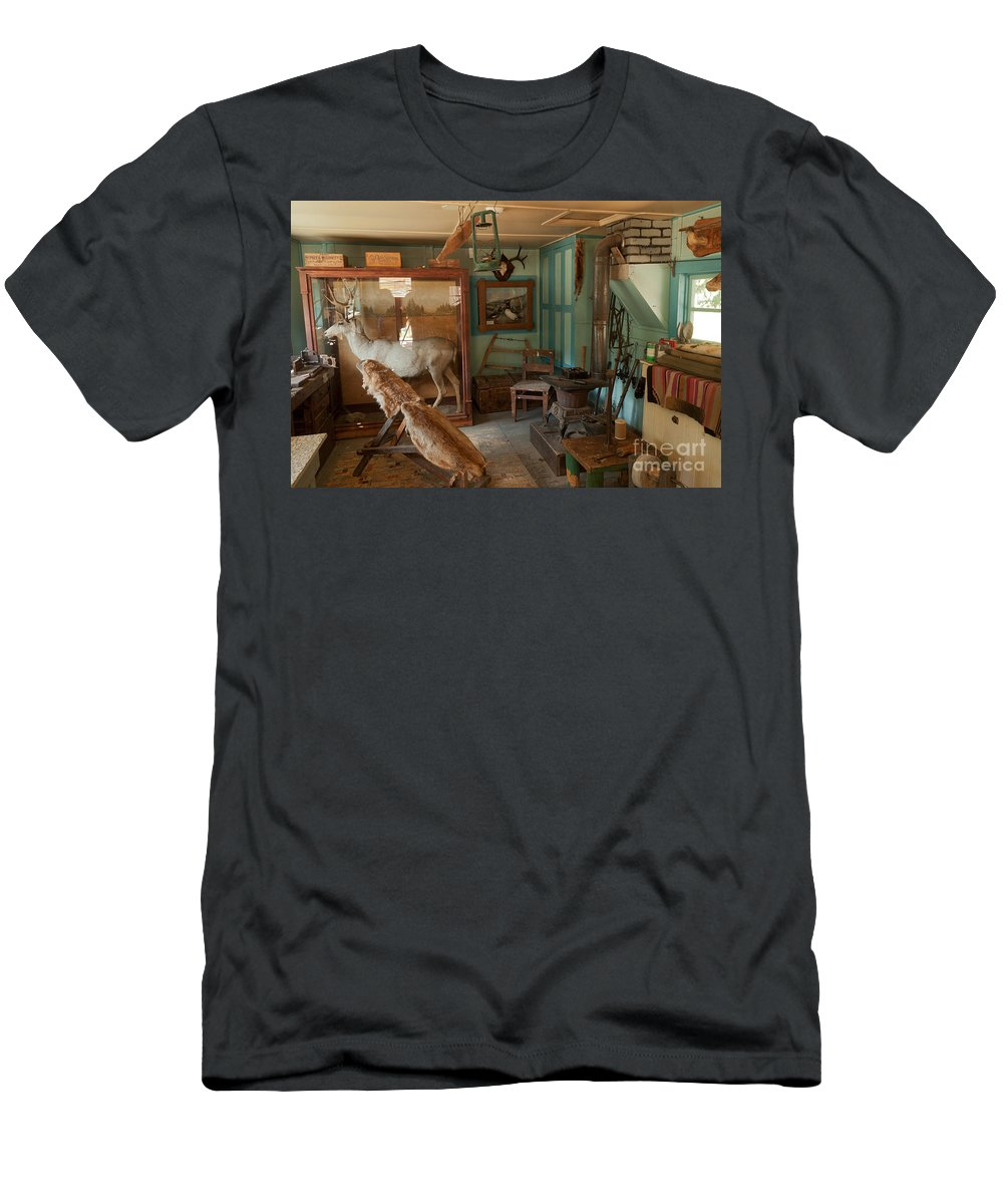 Cabin Men's T-Shirt (Athletic Fit) featuring the photograph Taxidermy At The Holzwarth Historic Site by Fred Stearns