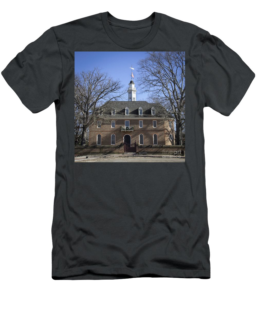 Colonial Men's T-Shirt (Athletic Fit) featuring the photograph The Capitol Squared by Teresa Mucha