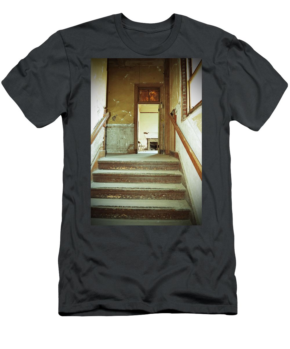 Building Men's T-Shirt (Athletic Fit) featuring the photograph The Chair At The Top Of The Stairs by Holly Blunkall