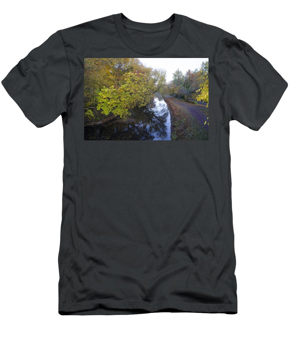 Delaware Men's T-Shirt (Athletic Fit) featuring the photograph The Delaware Canal In Morrisville Pa by Bill Cannon