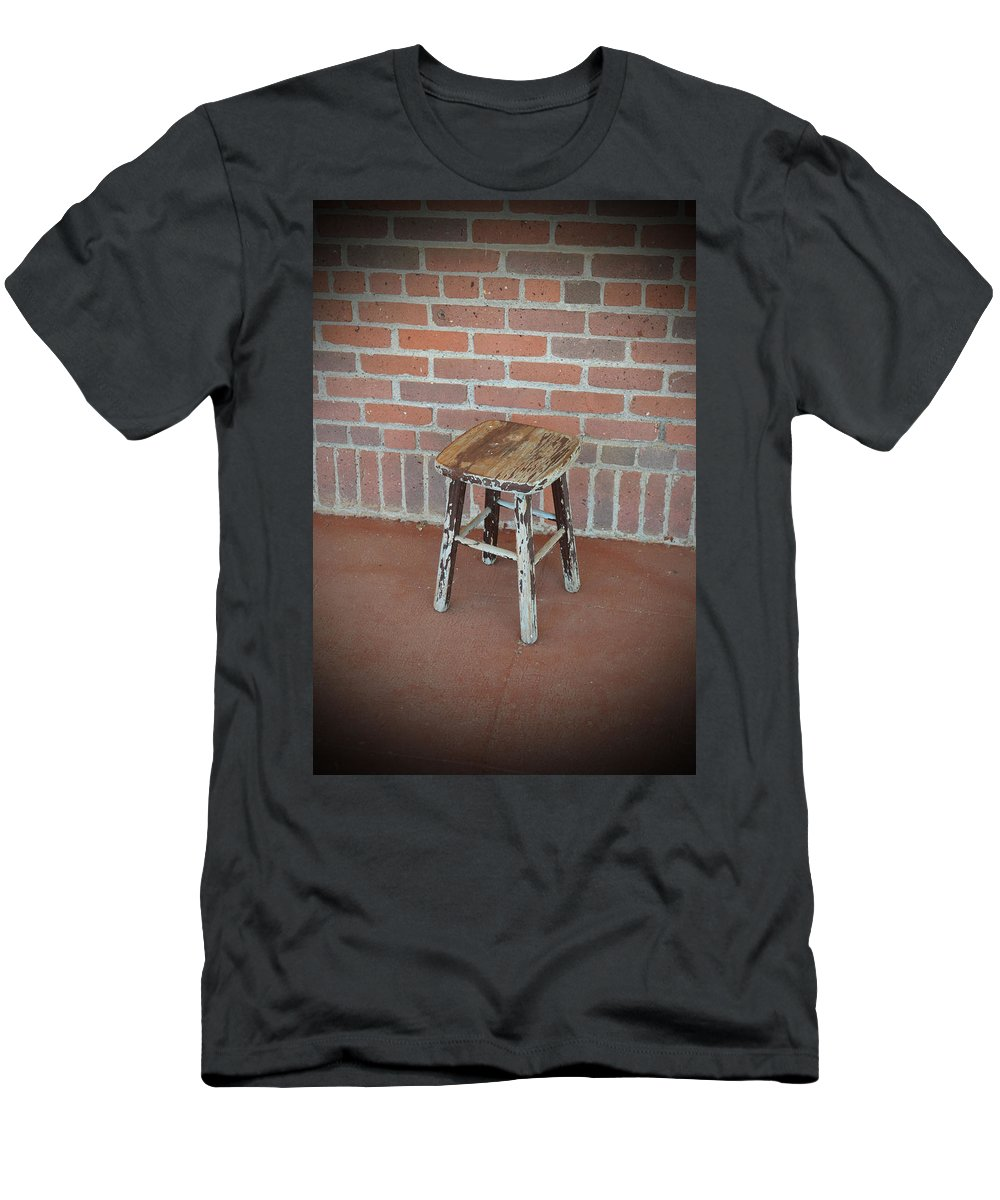 Building Men's T-Shirt (Athletic Fit) featuring the photograph The Foot Stool by Holly Blunkall