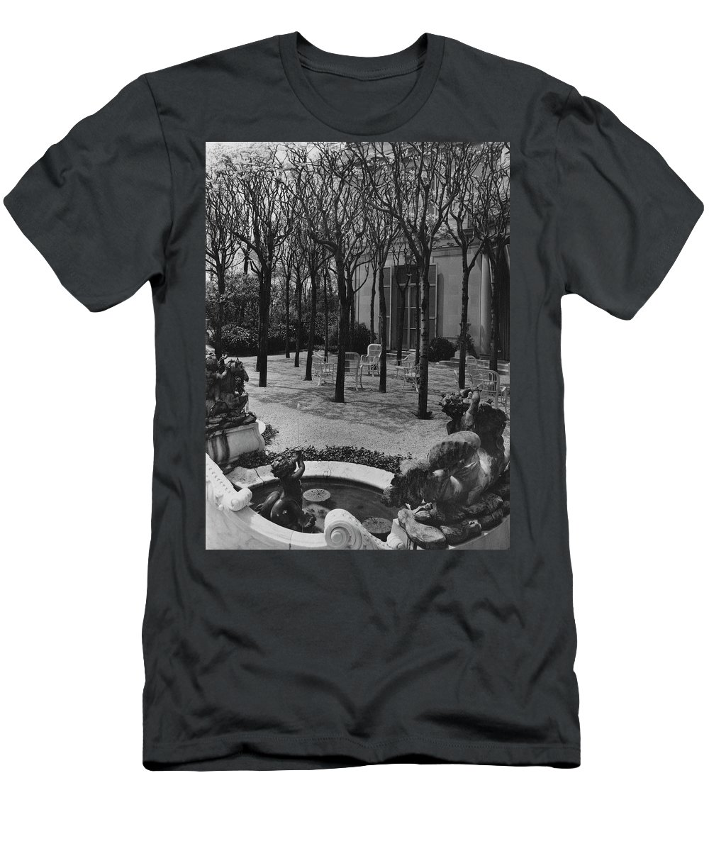 Exterior T-Shirt featuring the photograph The Garden Of A Home In Meridian Hill by Carola Rust