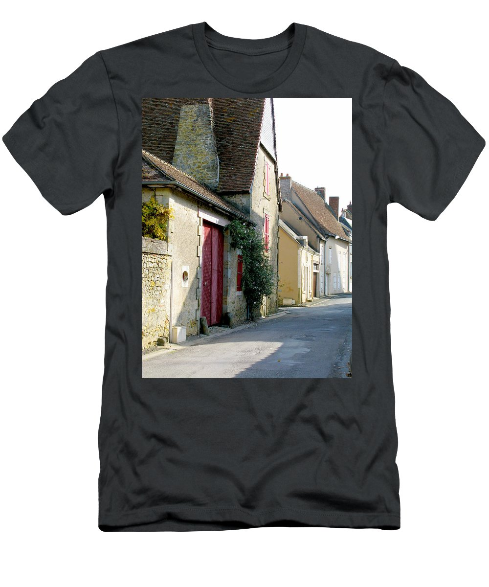 Red Doors Men's T-Shirt (Athletic Fit) featuring the photograph The House With The Red Doors by Randi Kuhne