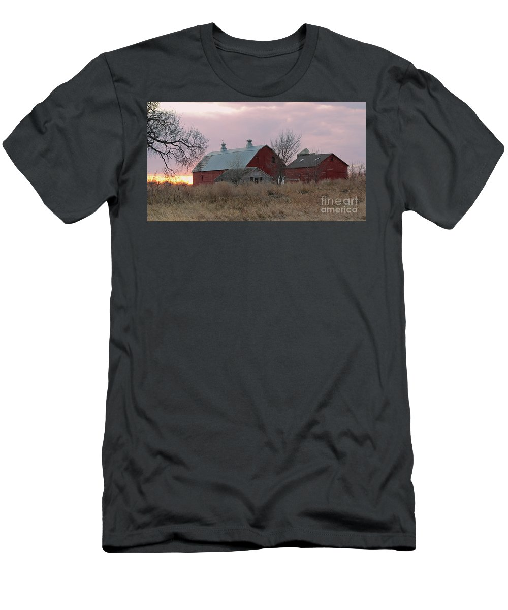 Barns Men's T-Shirt (Athletic Fit) featuring the photograph The Old Barns by Lori Tordsen