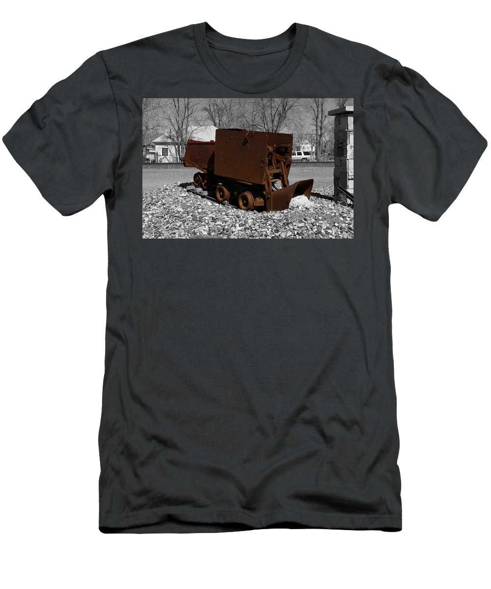 Battle Mountain Men's T-Shirt (Athletic Fit) featuring the photograph The Ore Tender by Richard J Cassato