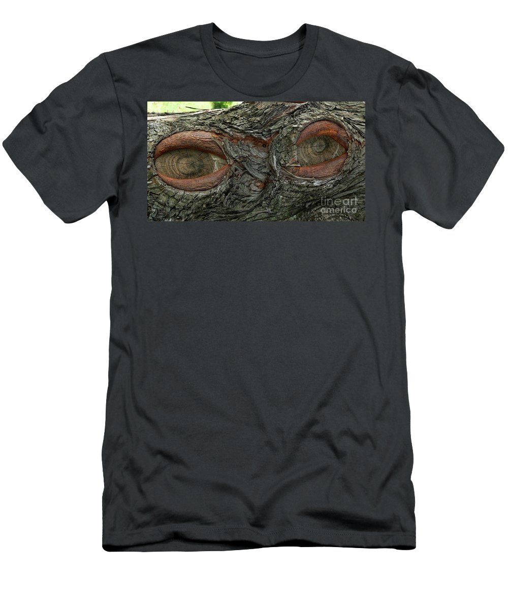 Eye Men's T-Shirt (Athletic Fit) featuring the photograph The Trees Have Eyes by Angela Wright