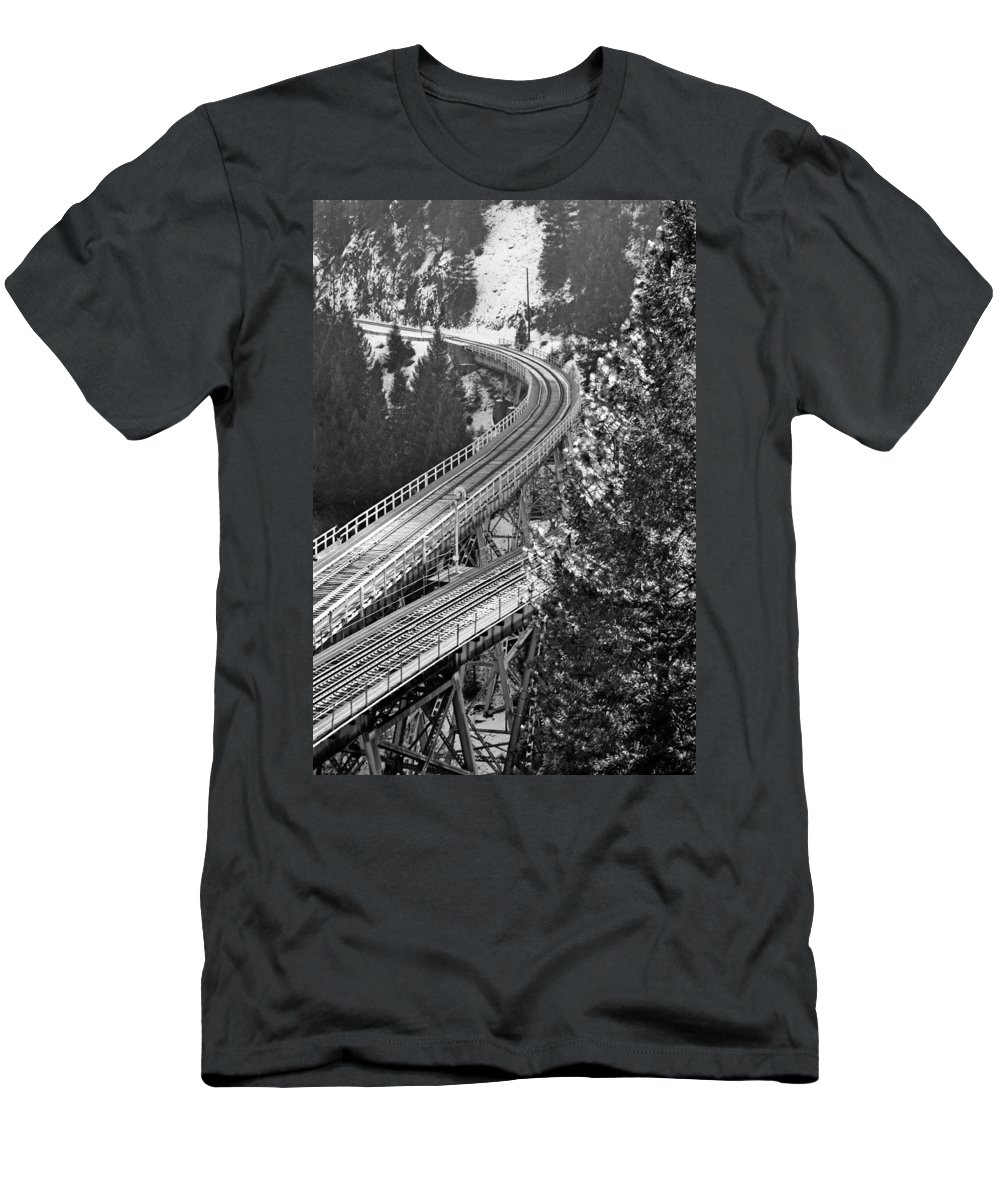 Train Men's T-Shirt (Athletic Fit) featuring the photograph The Y by Holly Blunkall