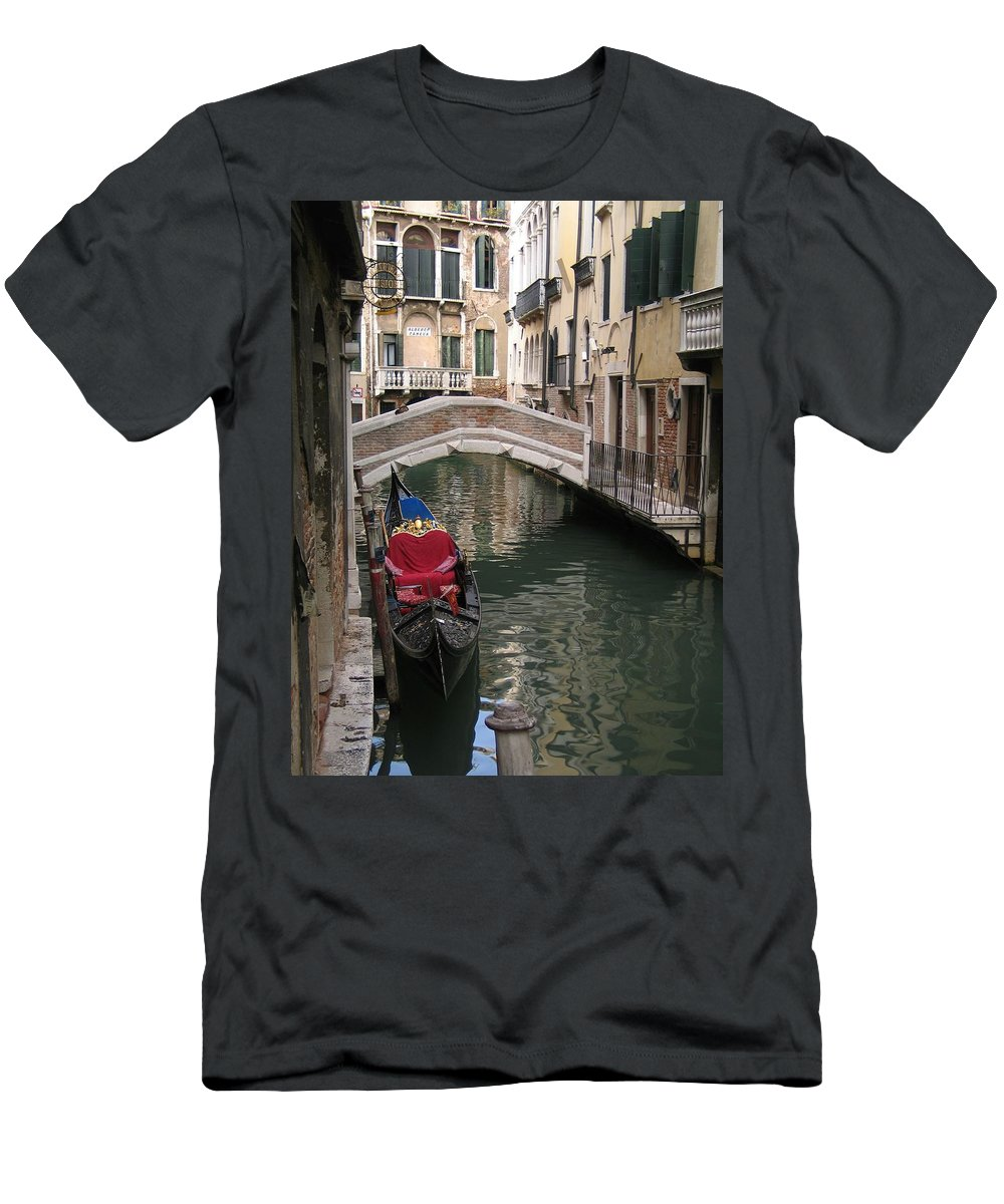 Trattoria Men's T-Shirt (Athletic Fit) featuring the photograph Trattoria Alberco Caneva by Jennifer Wheatley Wolf