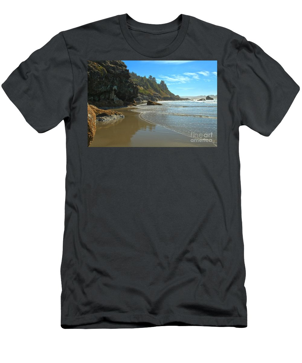Luffenholtz Beach Men's T-Shirt (Athletic Fit) featuring the photograph Trinidad Luffenholtz Beach by Adam Jewell