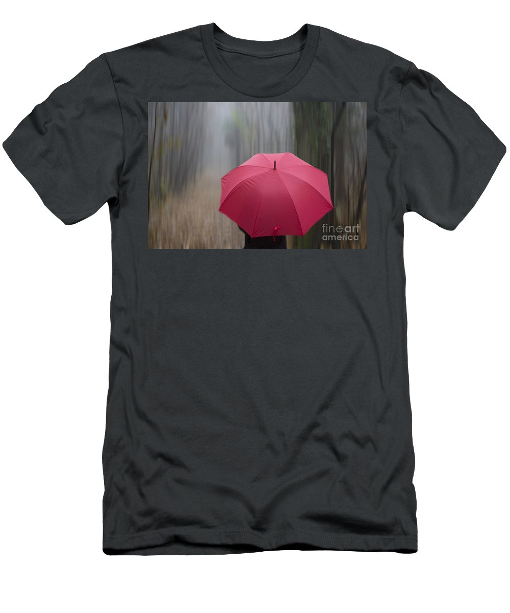 Woman Men's T-Shirt (Athletic Fit) featuring the photograph Umbrella And Blur by Mats Silvan