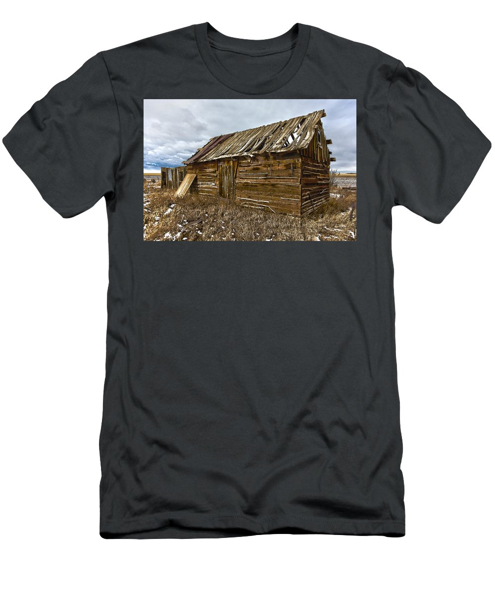 Dan Sabin Men's T-Shirt (Athletic Fit) featuring the photograph Untold Stories by Dan Sabin