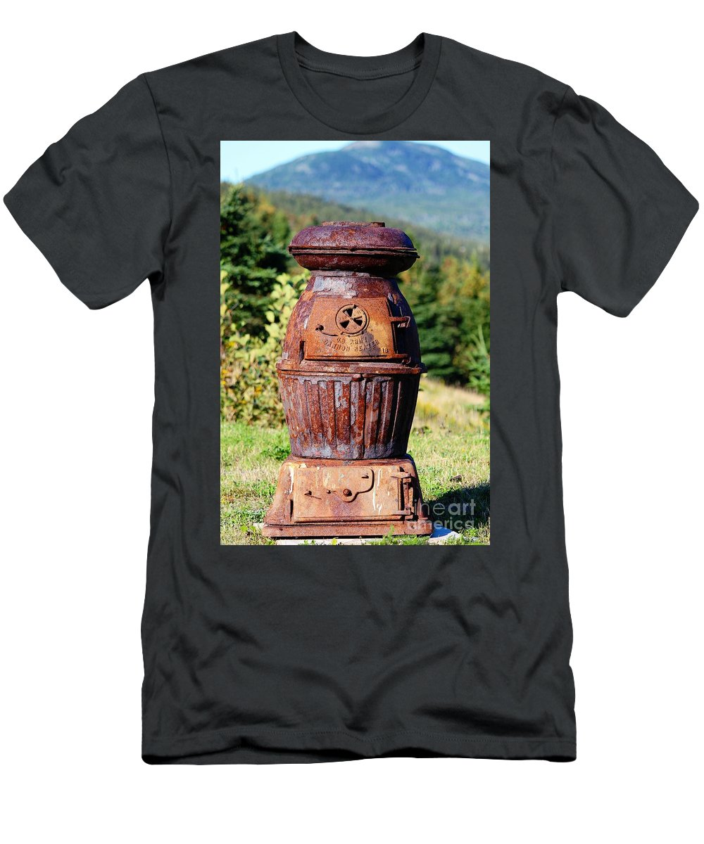 Us Army Cannon Heater No 18 Men's T-Shirt (Athletic Fit) featuring the photograph Us Army Cannon Heater No 18 by Barbara Griffin