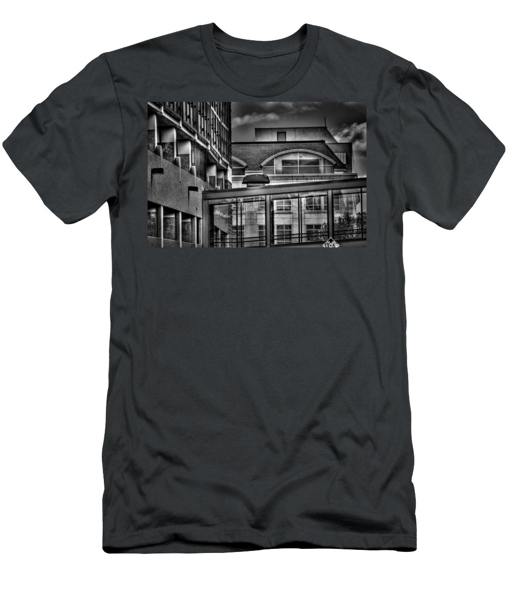 Sioux Falls Men's T-Shirt (Athletic Fit) featuring the photograph Walkway by Mike Oistad