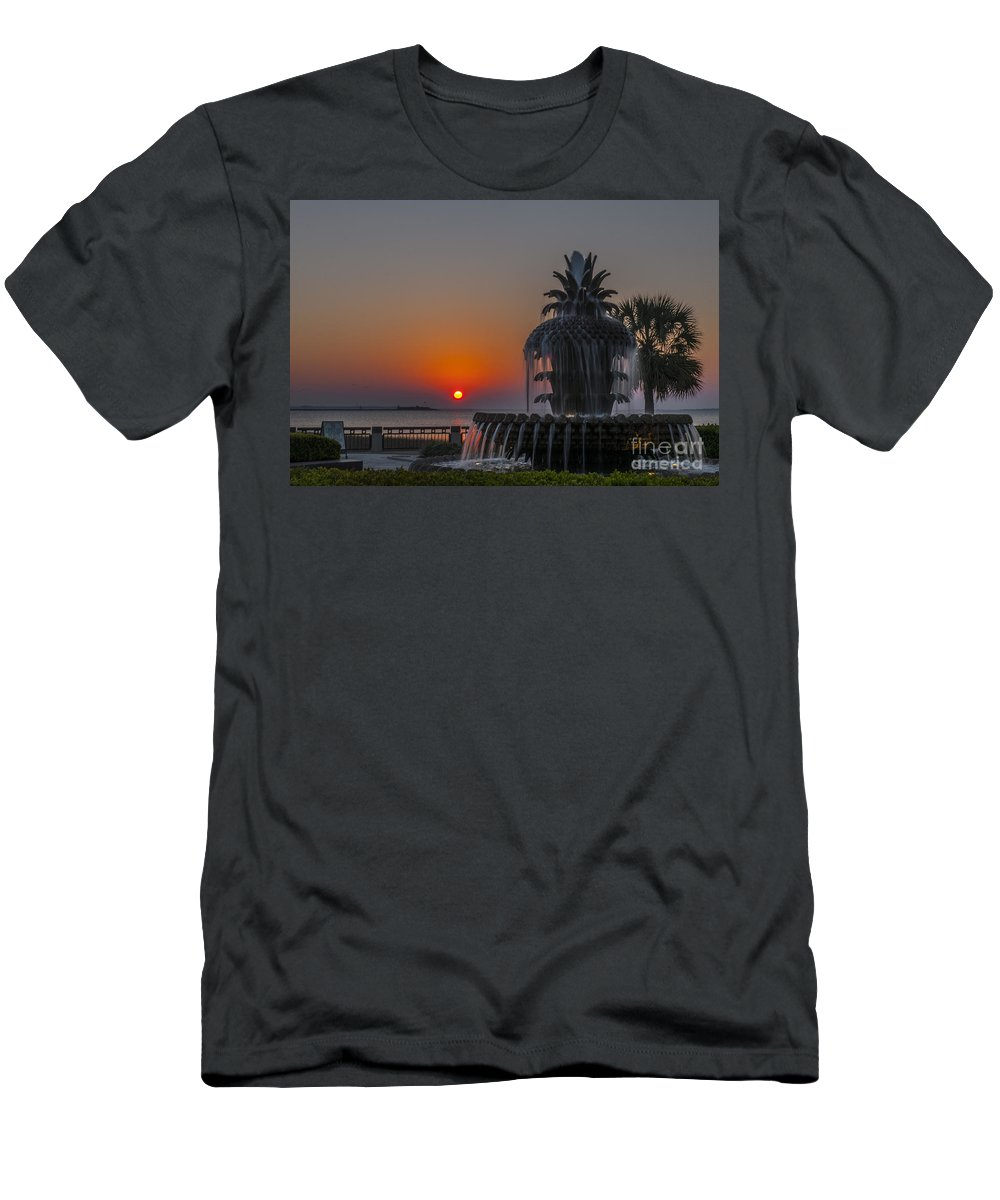 Pineapple Fountain At Waterfront Park In Downtown Charleston Sc Men's T-Shirt (Athletic Fit) featuring the photograph Waterfront Park Sunrise by Dale Powell