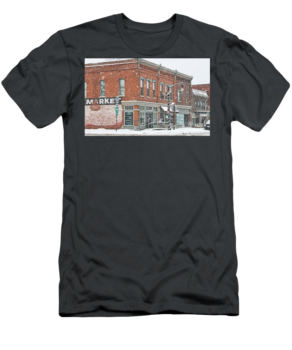 Whitehouse Ohio Men's T-Shirt (Athletic Fit) featuring the photograph Whitehouse Ohio In Snow 7032 by Jack Schultz