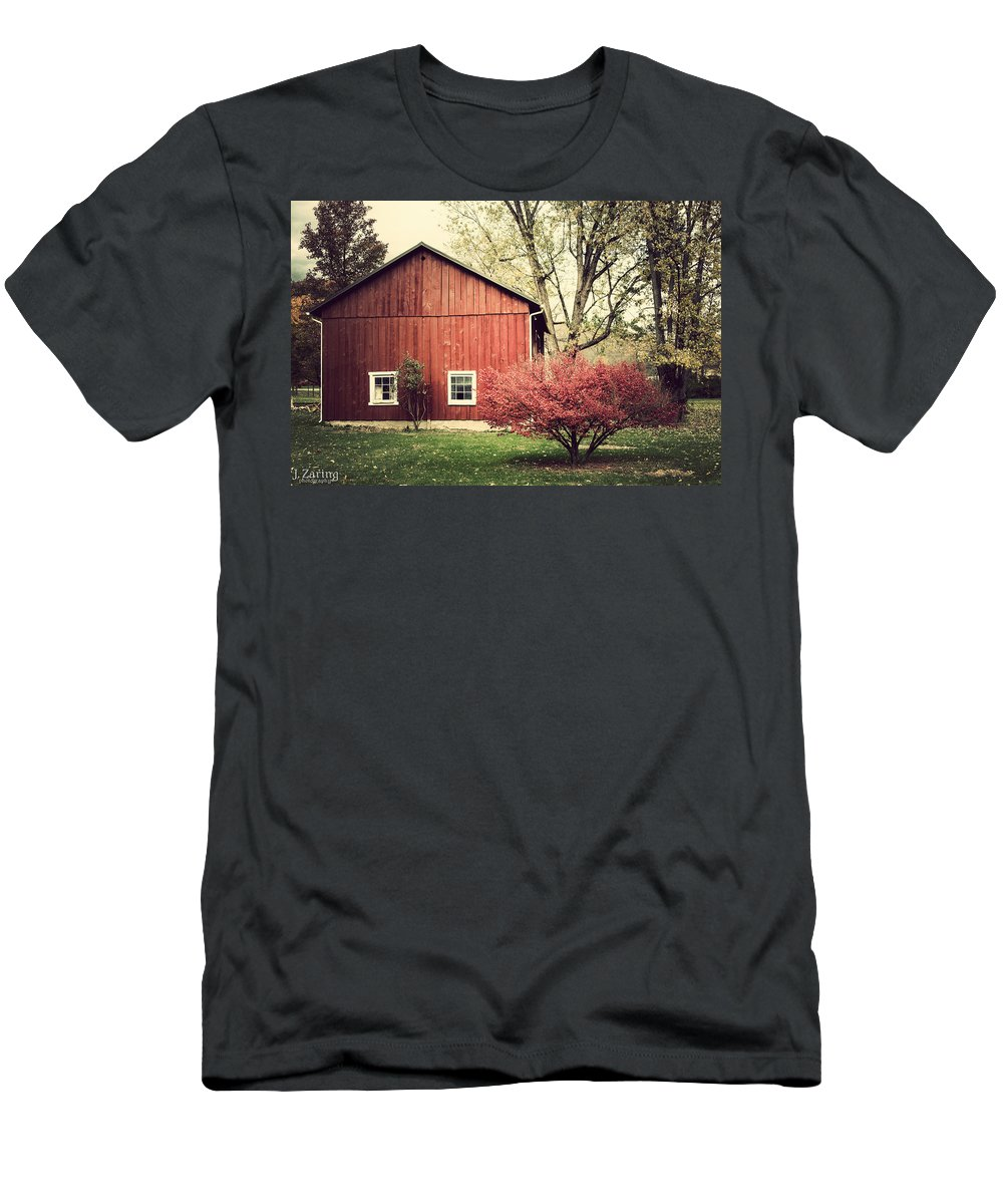 Red Barn Men's T-Shirt (Athletic Fit) featuring the photograph Wise Old Barn Summertime by Joshua Zaring