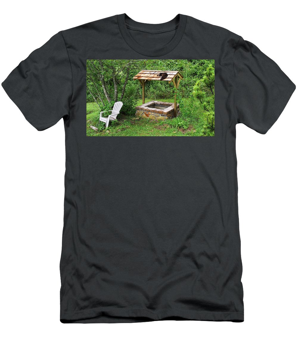 Duane Mccullough Men's T-Shirt (Athletic Fit) featuring the photograph Wishing Well And Cat by Duane McCullough