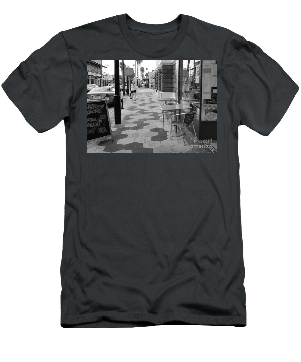Ybor City Men's T-Shirt (Athletic Fit) featuring the photograph Ybor City Sidewalk - Black And White by Carol Groenen