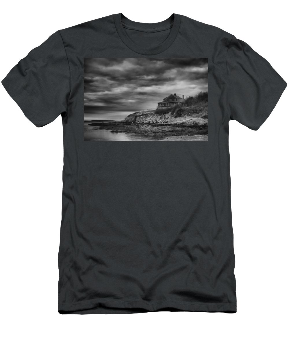 Baileys Island Men's T-Shirt (Athletic Fit) featuring the photograph Bailey's Island 14342 by Guy Whiteley
