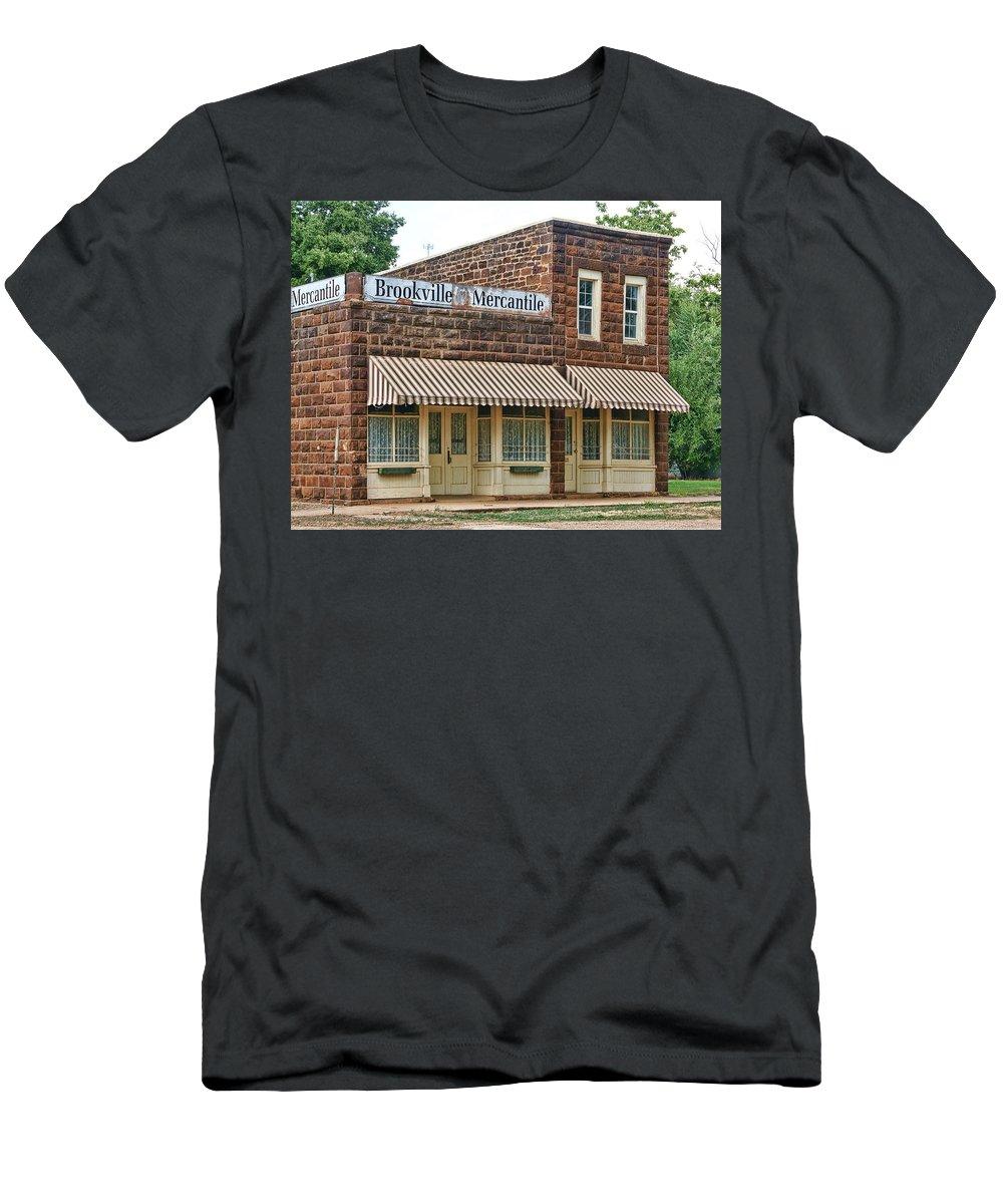 Bookville Men's T-Shirt (Athletic Fit) featuring the photograph Brookville Mercantile by Alan Hutchins