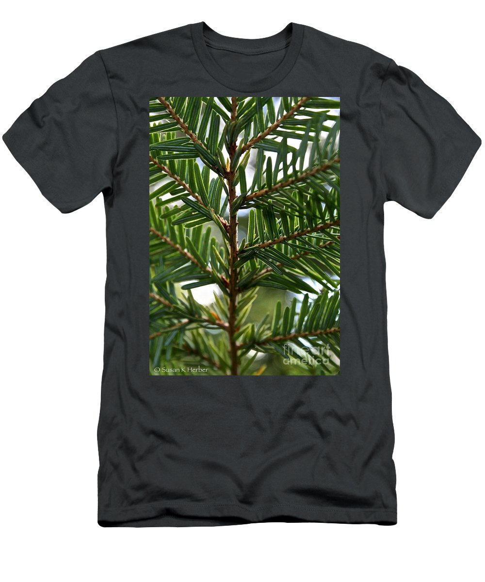 Plant Men's T-Shirt (Athletic Fit) featuring the photograph Alternate Pinnate by Susan Herber