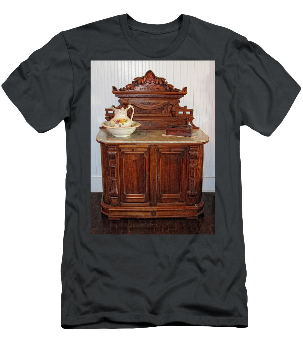 Antique Furniture Men's T-Shirt (Athletic Fit) featuring the photograph Antique Side Boy by Dave Mills