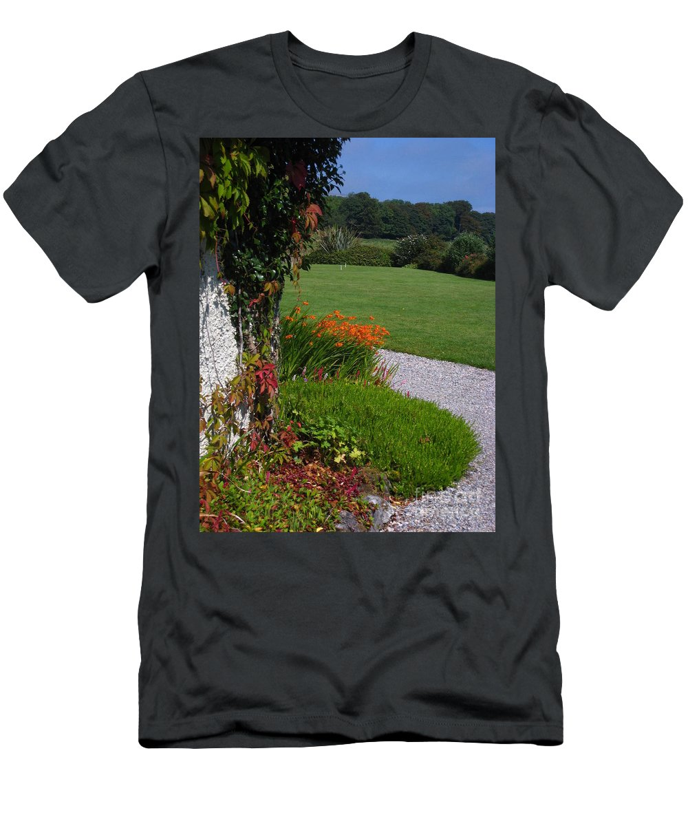 Ireland Men's T-Shirt (Athletic Fit) featuring the photograph Around The Bend by Bonnie Myszka