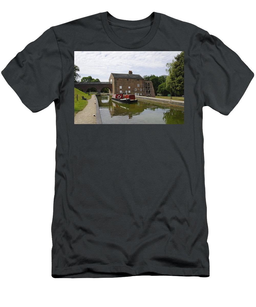 Water Men's T-Shirt (Athletic Fit) featuring the photograph Ashby Canal At Moira Furnace by Rod Johnson