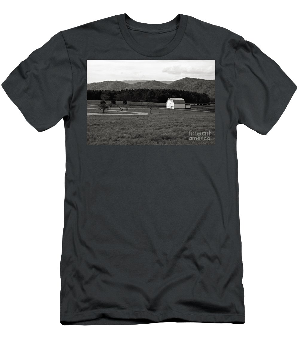 Barn Men's T-Shirt (Athletic Fit) featuring the photograph Autumn Barn In Green Bank Wv Bw by Kathleen K Parker