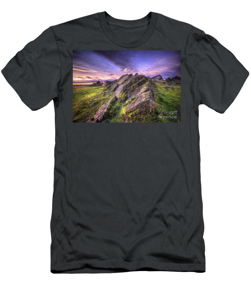 Art Men's T-Shirt (Athletic Fit) featuring the photograph Beacon Hill Sunrise 10.0 by Yhun Suarez