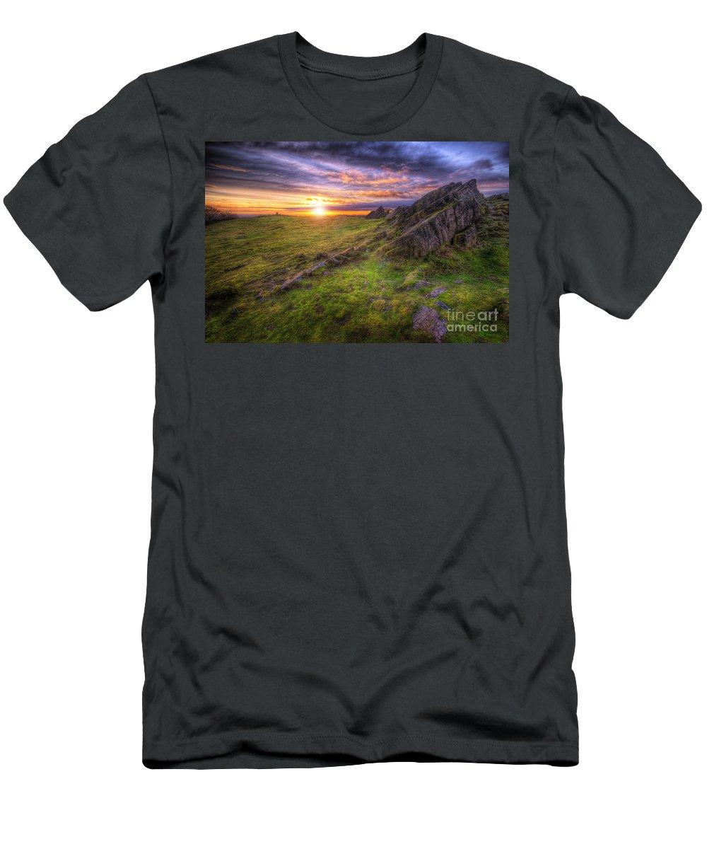 Art Men's T-Shirt (Athletic Fit) featuring the photograph Beacon Hill Sunrise 11.0 by Yhun Suarez