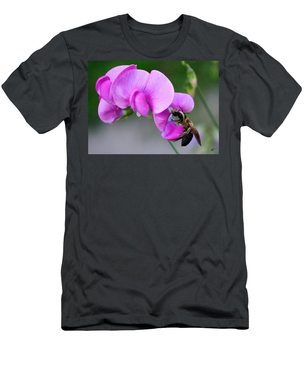 Men's T-Shirt (Athletic Fit) featuring the photograph Bee In The Pink - Greeting Card by Mark Valentine