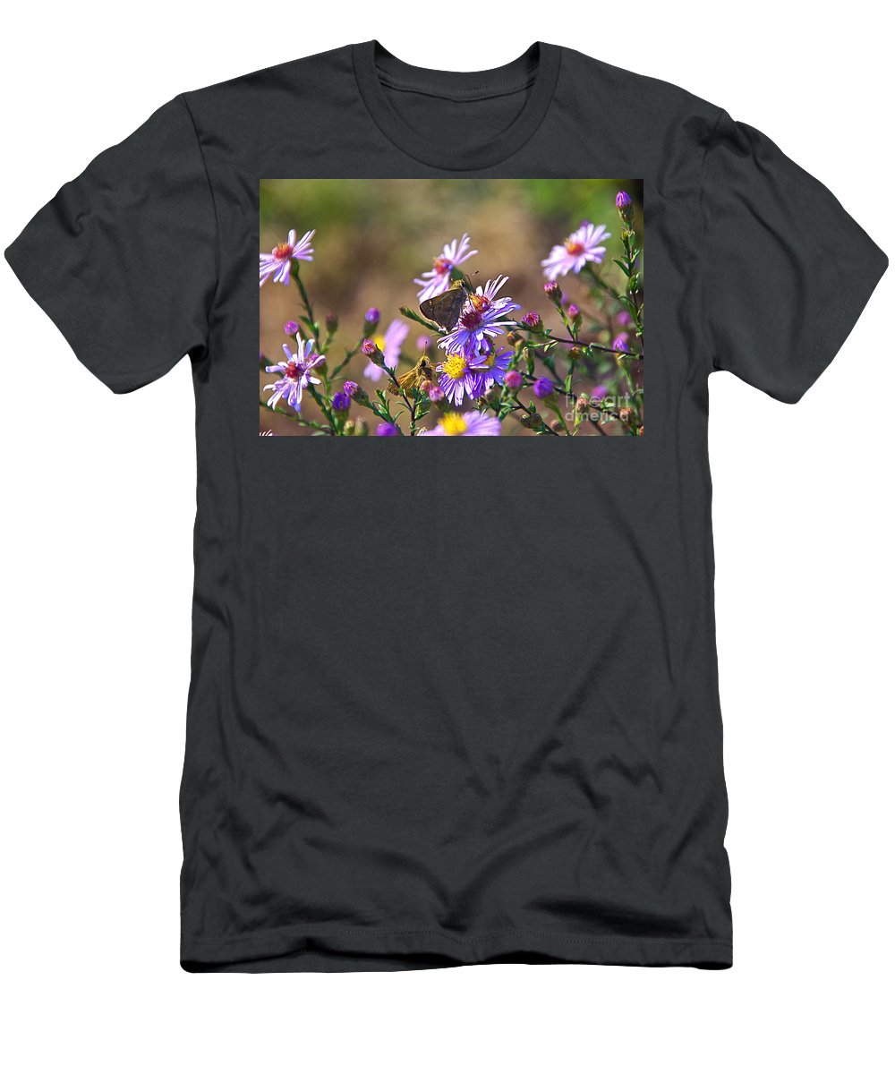 Skipper Men's T-Shirt (Athletic Fit) featuring the photograph Good Times by Byron Varvarigos