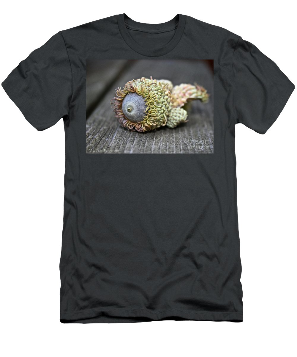 Outdoors Men's T-Shirt (Athletic Fit) featuring the photograph Hairy Acorn by Susan Herber