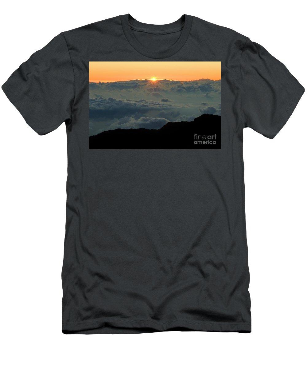 Hawaiian Sunrise Men's T-Shirt (Athletic Fit) featuring the photograph Hawaiian Sunrise by Bob Christopher