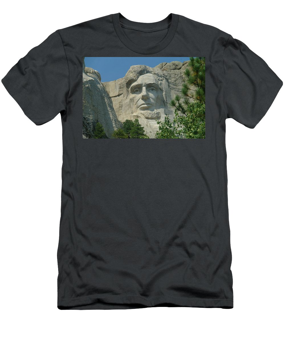 Sculptures Men's T-Shirt (Athletic Fit) featuring the photograph Honest Abe In Stone by Jeff Swan