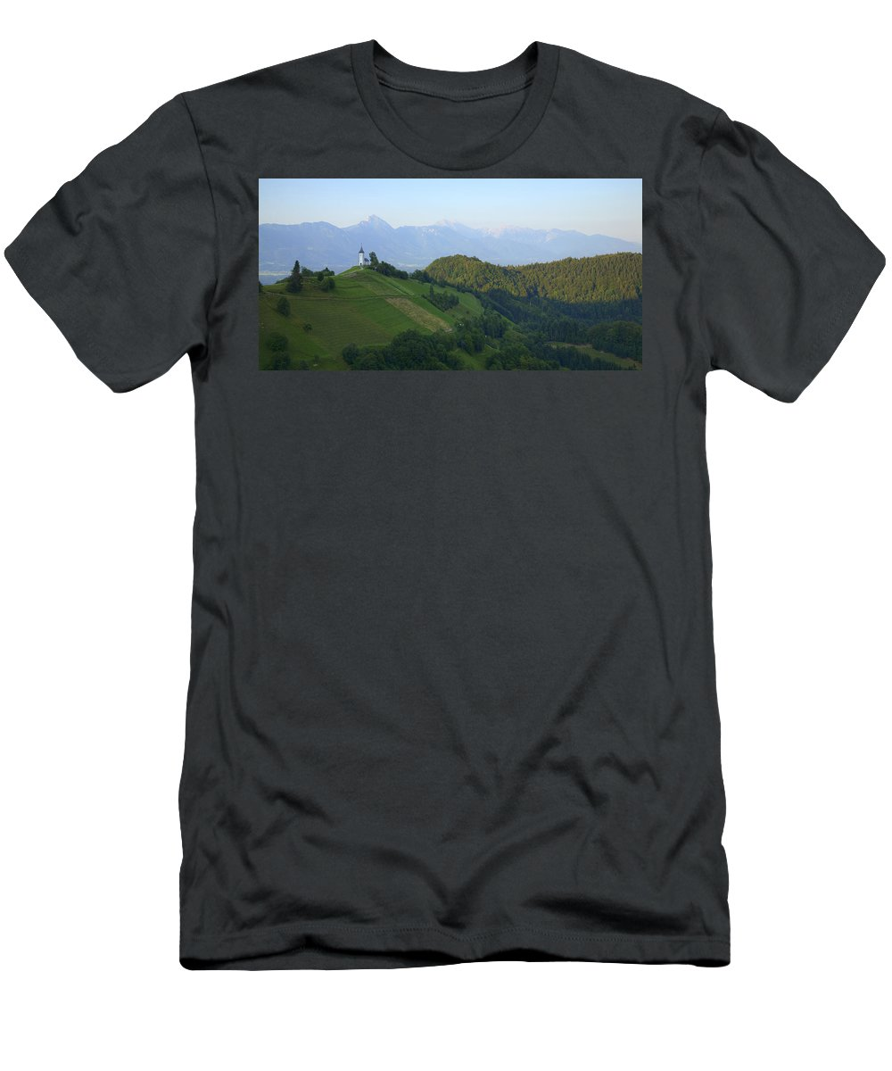 Jamnik Men's T-Shirt (Athletic Fit) featuring the photograph Jamnik Church Of Saints Primus And Felician by Ian Middleton