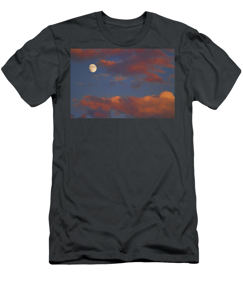 Luna Men's T-Shirt (Athletic Fit) featuring the photograph Moon Sunset by James BO Insogna